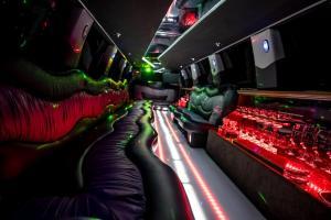 Limuzine limousine Lincoln Towncar Navigator14m antropoti limuzine limousine zagreb croatia 2 (1)