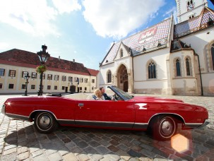 weddings-in-croatia-rent-a-car-oldtimer-car-wedding-planner-antropoti-ford-LTD-(2)